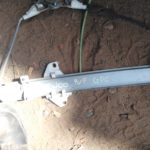 1998 daewoo lanos right front window mechanism - used