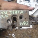 Volkswagen Jetta 2 Right Front Door Lock - used