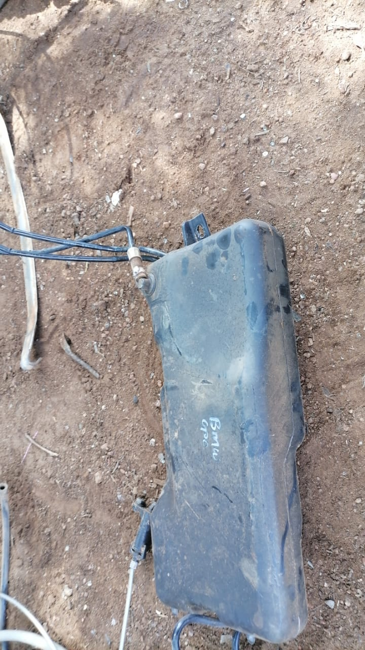 bmw e36 fuel tank - USED(GPO)