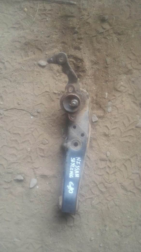 nissan skyline stub axle - USED(GPO)