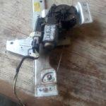 puegoet 206 left rear window mechanism - USED(GPO)