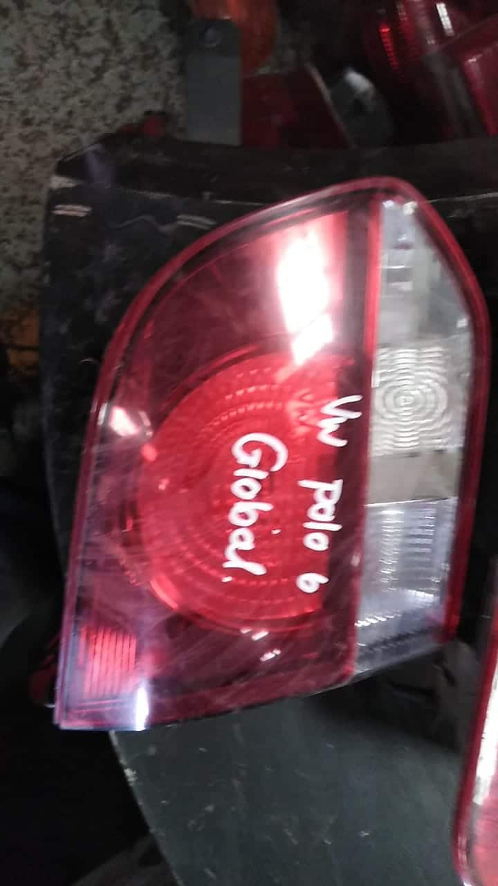 VW GOLF 6 RIGHT INNER TAILLIGHT - USED(GPO)