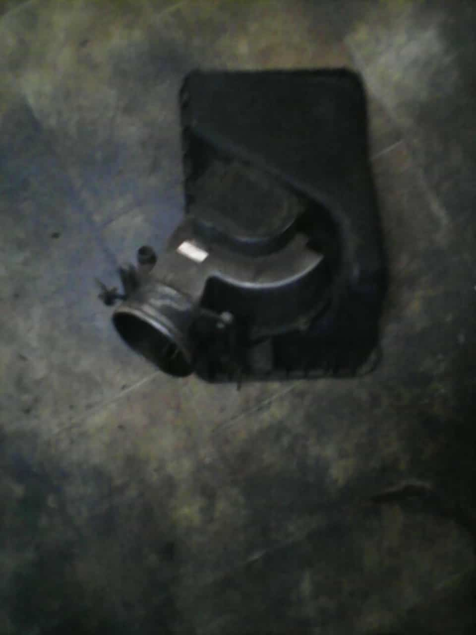 toyota camry 3.0 throttle body - USED(GPO)