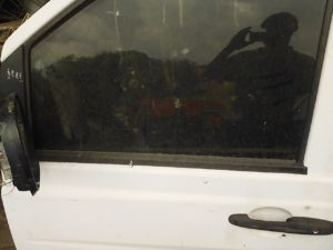 Mercedes Vito 115 left door shell - USED(GPO)