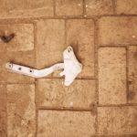 Mercedes Vito Bonnet hinge - USED(GPO)