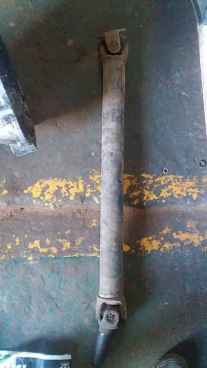 TOYOTA HILUX PROPSHAFT - USED(GPO)