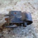 UNKNOWN ENGINE MOUNTING - USED(GPO)